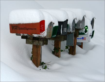 snow_mailboxes