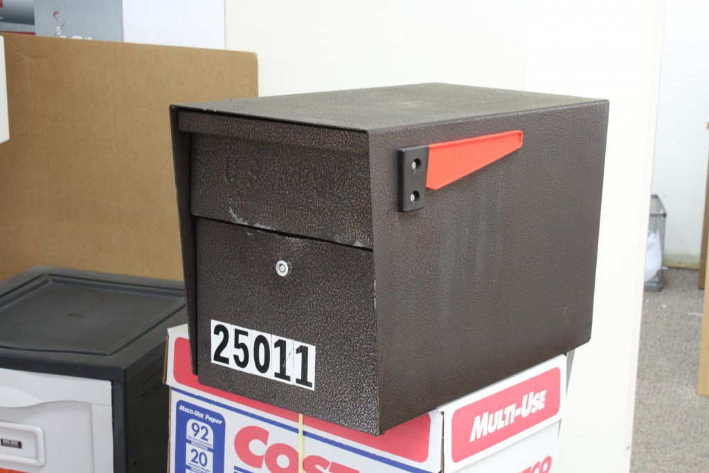Attempted Mail Boss Prying