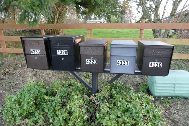PHOTO: Mixed Mail Boss Mailbox Installation