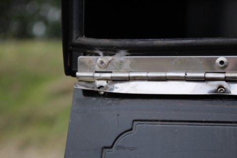 Oasis Jr Locking Mailbox Broken Into