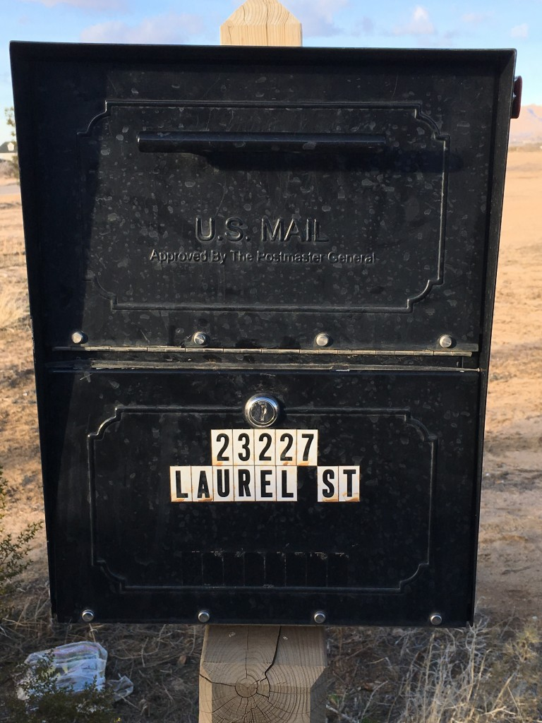 Oasis Jr Mailbox Pried Apple Valley