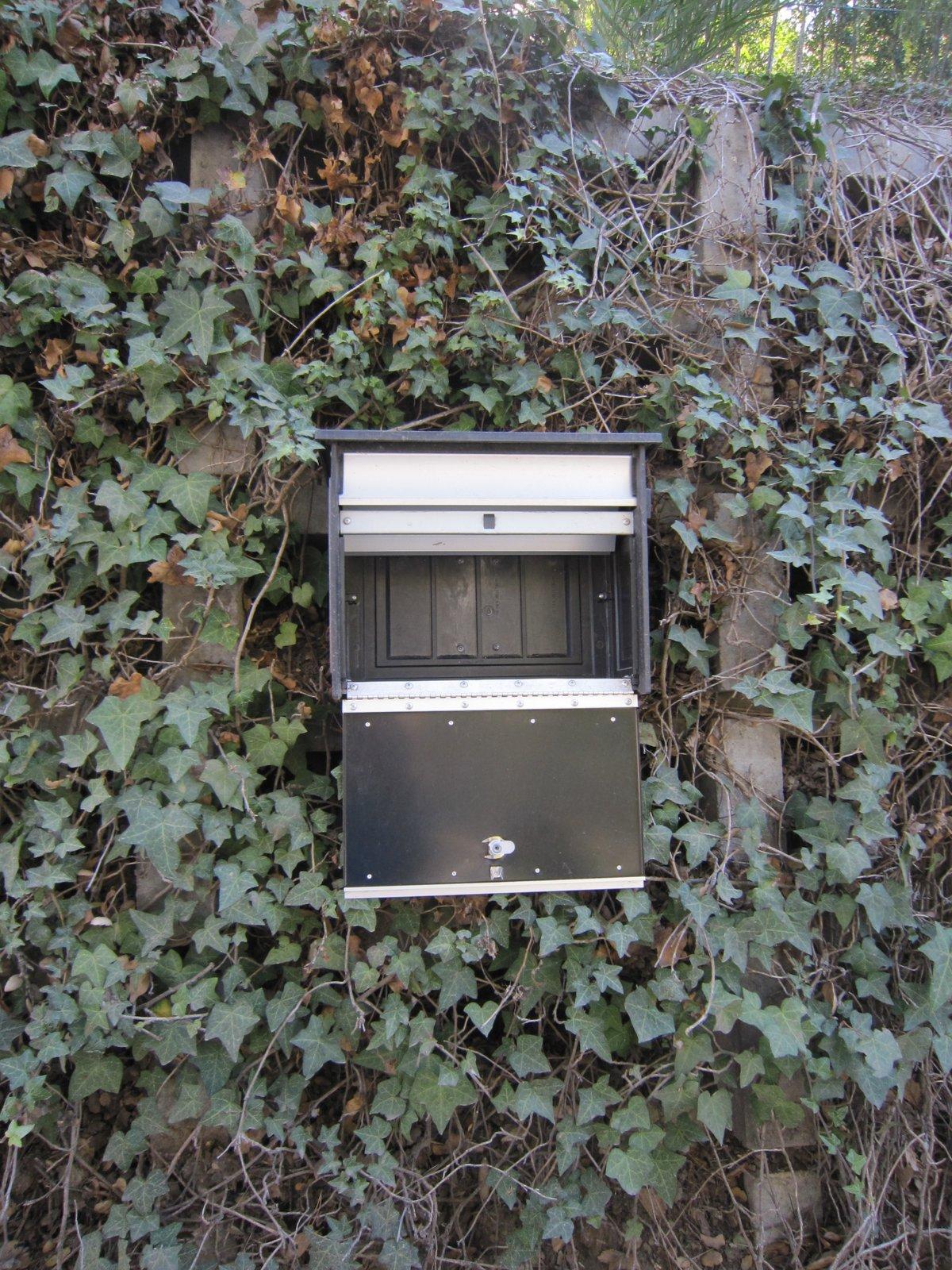 Jo Upgrades Mailsafe Wall Mount With Betterbyboss Mailboss