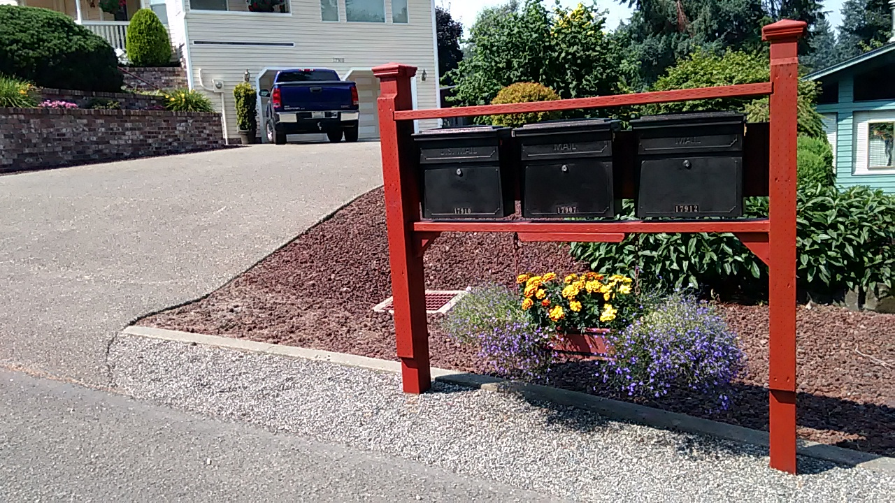 Locking Security Wall Mount Mailboxes Survives Hit & Run!