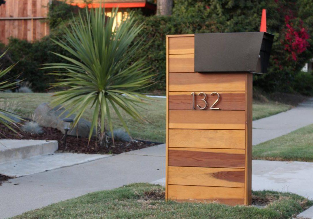 DIY wooden mailbox column